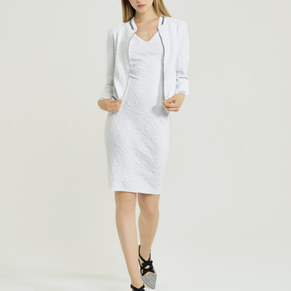D'Exterior-white-dress-snooty-frox