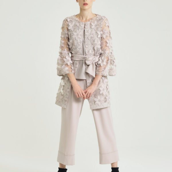 D-Exterior-floral-coat-snooty-frox