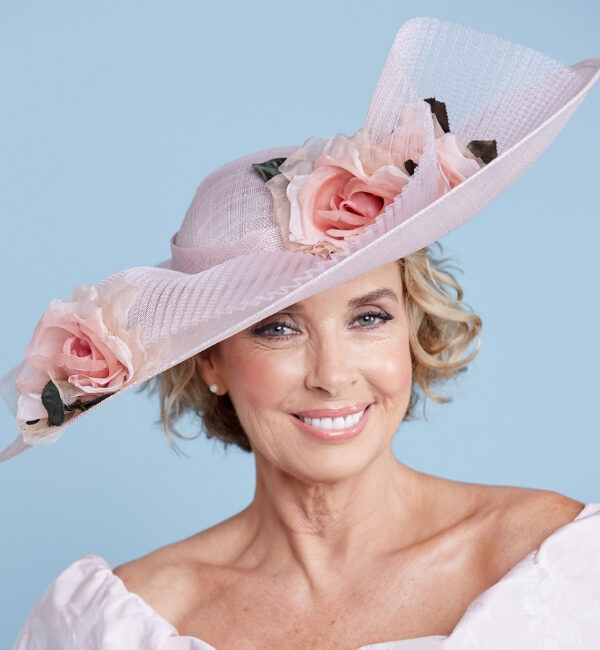 Pink hat with flower detail- snooty frox